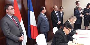 Accords de coopération Groupe INSA - Indonésie lors du déplacement présidentiel